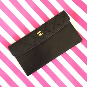 Chanel quilted coin pouch